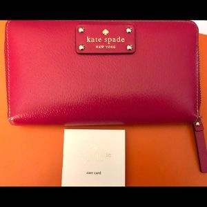 Kate Spade ♠️ Continental Wallet 👛